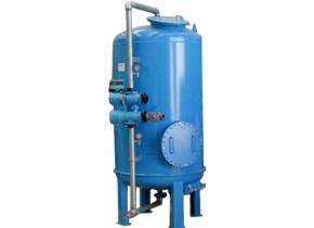 Filtro a quarzo con valvola monoblocco. Quartz filter with hourly flow of 10 mc/h.